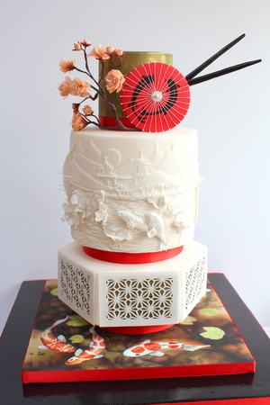 Japanese themed wedding cake - Gold and Best Wedding Cake award at the Irish Sugarcraft Show 2016