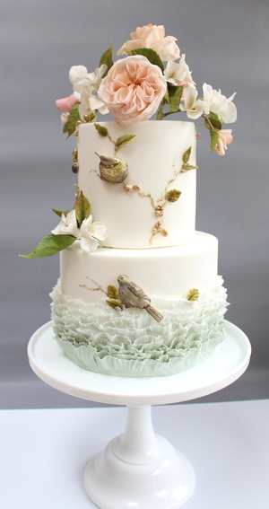 Birds, ruffles and perfectly imperfect flowers - created under the tutelage of cake legend Maggie Austin