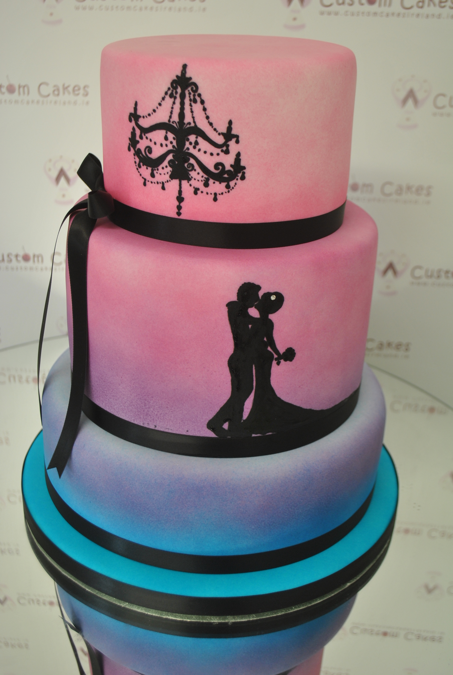 Custom Cakes™ Louth | Bakers and Cakers