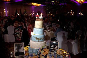 Cannaboe beautiful blue five tier wedding cake at Kilronan Castle