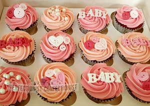 Baby shower  baby shower cake  baby shower cupcakes  cupcakes  cake  pink  blue  dublin  swords  kinsealy  malahide  baby  buttons   %281%29