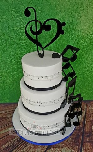 Musical wedding cake notes here comes the sun cake topper craftydesignsandtoppers woodenbridge hotel wicklow dublin celebration 3