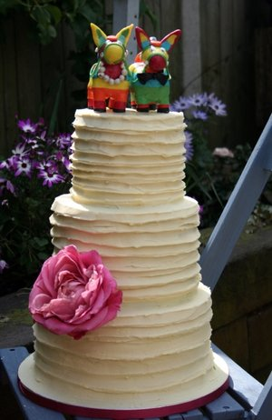 White chocolate wedding cake wedding cake dublin wedding cake the mill hosue slane pinaata donkey cake 3