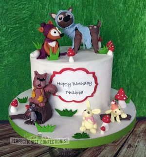 Forest cake woodland cake rabbit fox deer squirrel cake toppers cakes dublin first birthday cake first christmas cake 4