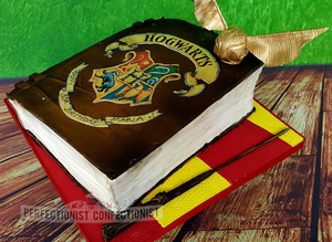 Harry potter  birthday  cake  spellbook  golden snitch  wand  magic  muggles  gryffendor  novelty  celebration  30th  dublin  swords  malahide  kinsealy  %284%29