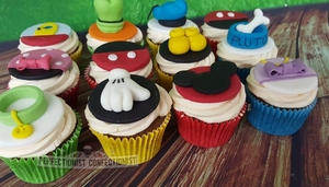 Disney cupcakes pluto birthday goofy mickey mouse minnie mouse donald duck daisy duck cupcakes dublin 3