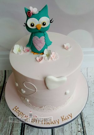Owl  lace  hearts  balloons  cake  birthday cake  novelty cake  celebration cake  swords  malahide  kinsealy  dublin  %2814%29