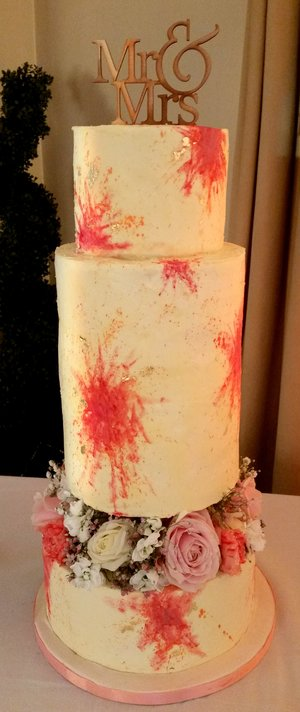 Art deco colour splash wedding cake