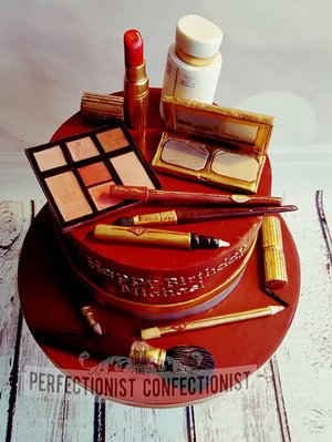 Make up cake  make up  cake  birthday  birthday cake  charlotte tilbury  make up artist  blanchardstown  kinsealy  dublin  swords  malahide  portmarnock   %283%29