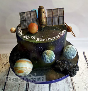 Birthday cake  galaxy cake  space cake  planet cake  cake dublin  malahide  kinsealy  swords  universe  sattelite  novelty  celebration %283%29
