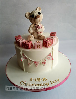 Christening cake  christening  naming day cake  naming day  cake  dublin  swords  malahide  kinsealy  bear  blocks  bunting %281%29