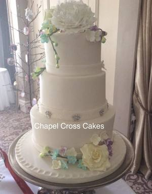 Traditional Cake with Handmade Sugar Flowers to match the Bride's Bouquet