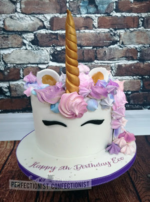 Unicorn cake  unicorn  birthday cake  unicorn birthday cake  dublin  swords  malahide  kinsealy  meringue  novelty  celebration %284%29