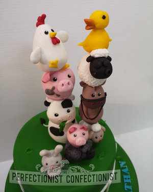Farm  birthday  cake  animals  cute  pig  horse  sheep  cow  duck  hen  dublin  swords  malahide  donnybrook  cake maker  celebration  swords  farm cake  %28 %285%29