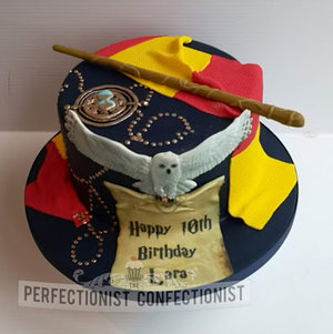 Harry potter  birthday cake  hermione  wand  time turner  gryffendor  cake novelty  celebration  cake maker  dublin  swords  malahide  kinsealy  howth  %286%29