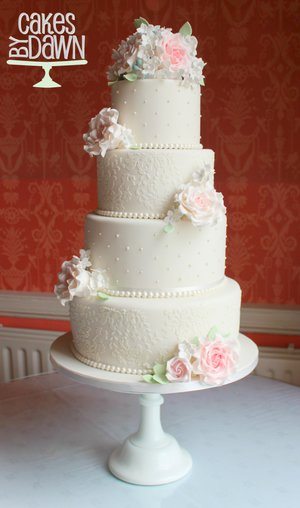 Sugarpaste  lace and roses