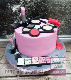 Bake a wish  perfectionist confectionist  make up  birthday cake  ballybough  dublin  swords  malahide  kinselay  child  novelty %282%29